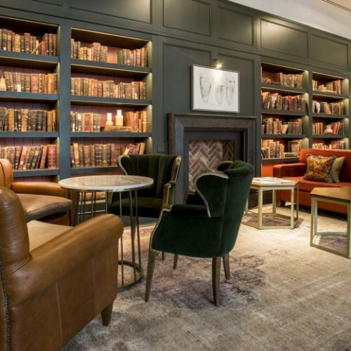 Library-space-at-Clayton-hotel-Cambridge-1-950x520_c